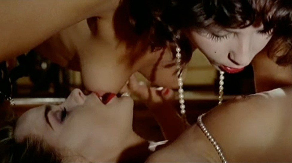 Isabelle Marchall and Paola Maiolini naked from The Red Nights of the Gestapo