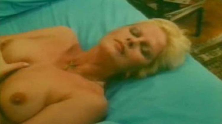 Osceno nude scenes