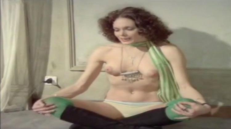 Ultimo tango a Zagarol nude scenes