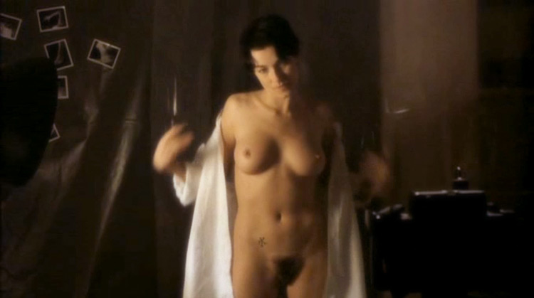 Viol@ nude scenes