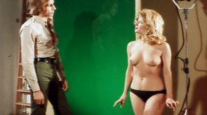 sette Scialli Di Seta Gialla Nude Movies