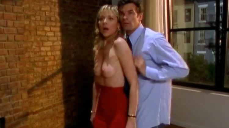 Sex & The City [Season 1] nude scenes