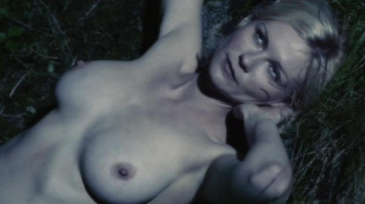 Melancholia nude scenes