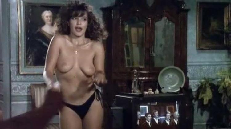 Mutande Pazze nude scenes