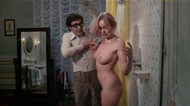 L'affittacamere nude scenes