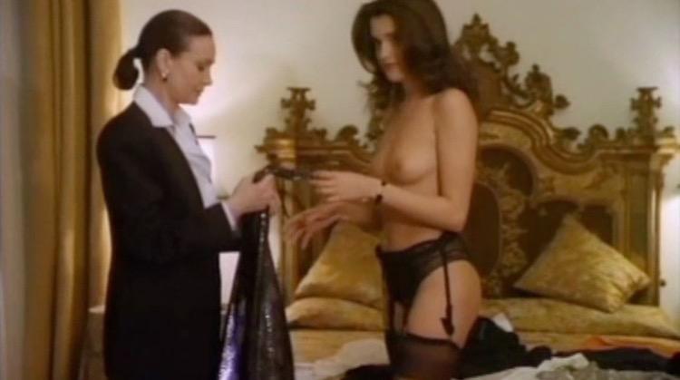 L'attrazione nude scenes
