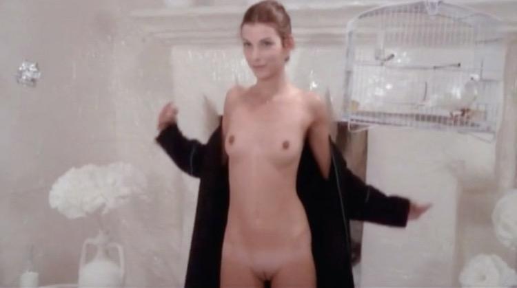Càlamo nude scenes