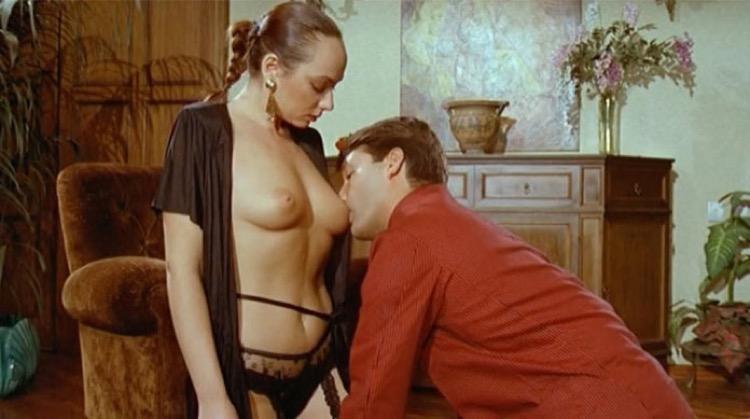 Noi e l'amore nude scenes