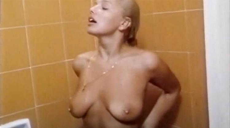 Tentazione nude scenes