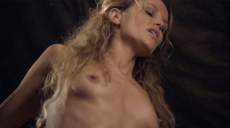 Spartacus: War of the Damned nude scenes