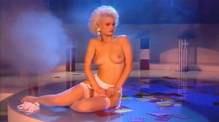 Colpo grosso alma lo moro 80s italian television striptease - 1 part 10