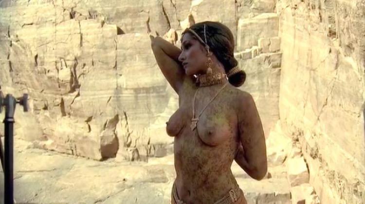Kama Sutra: A Tale of Love nude scenes