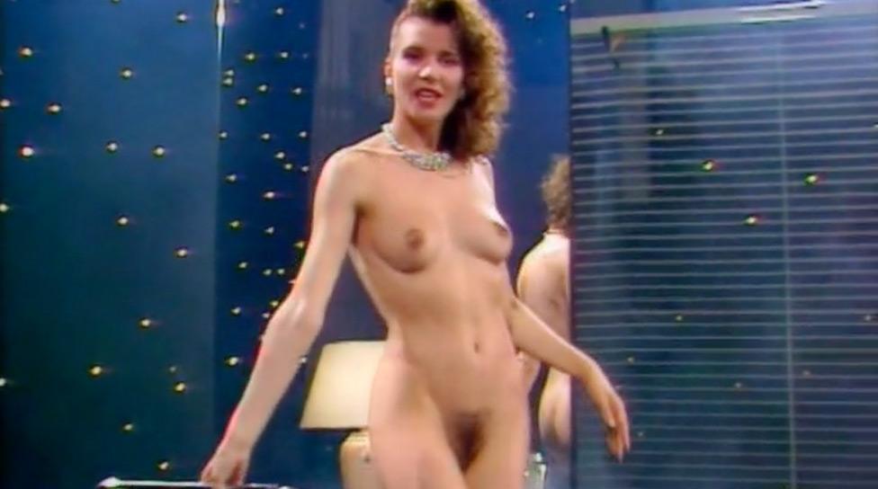 Colpo Grosso: Stripteases nude scenes