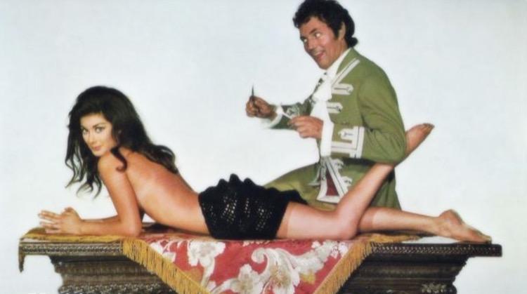 Sexy Susan Sins Again nude scenes