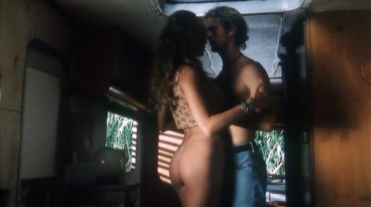 Giovani e belli nude scenes