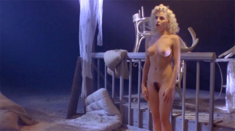 Two Moon Junction nude scenes