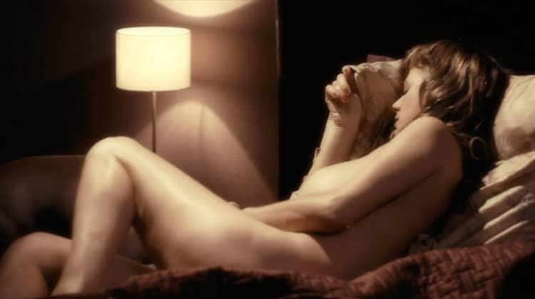 La mosquitera nude scenes