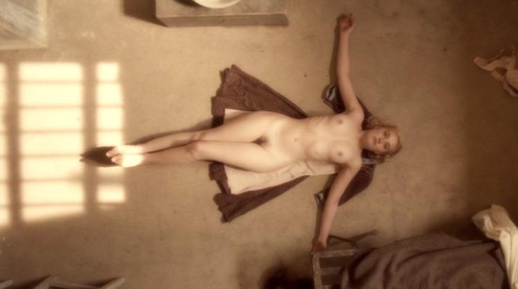 Female Agents nude scenes