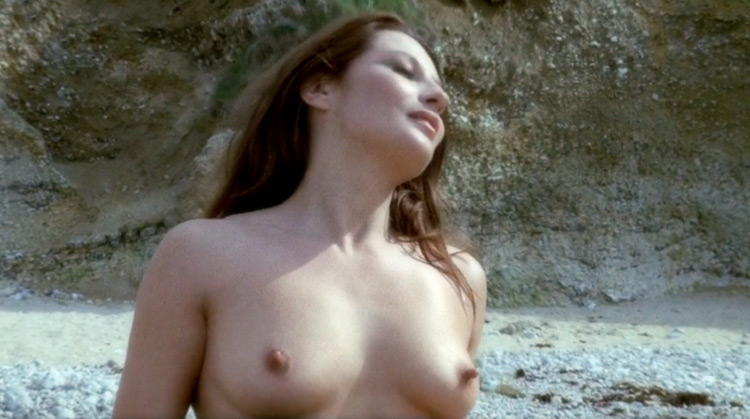 due Maschi Per Alexa Nude Scenes