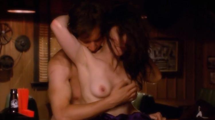 weeds Season 6 Nude Scenes