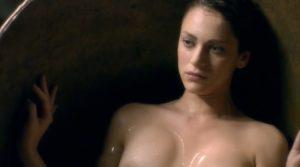 la Dama Velata Nude Scenes